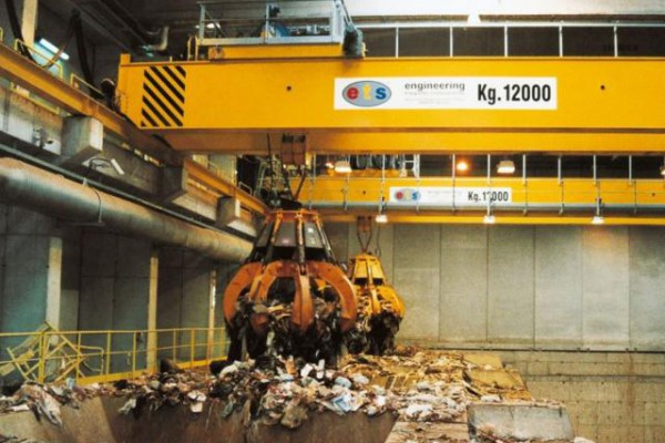 Cranes used for waste
