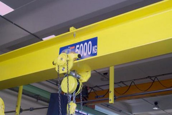 Manual hoists: normal headroom hoists